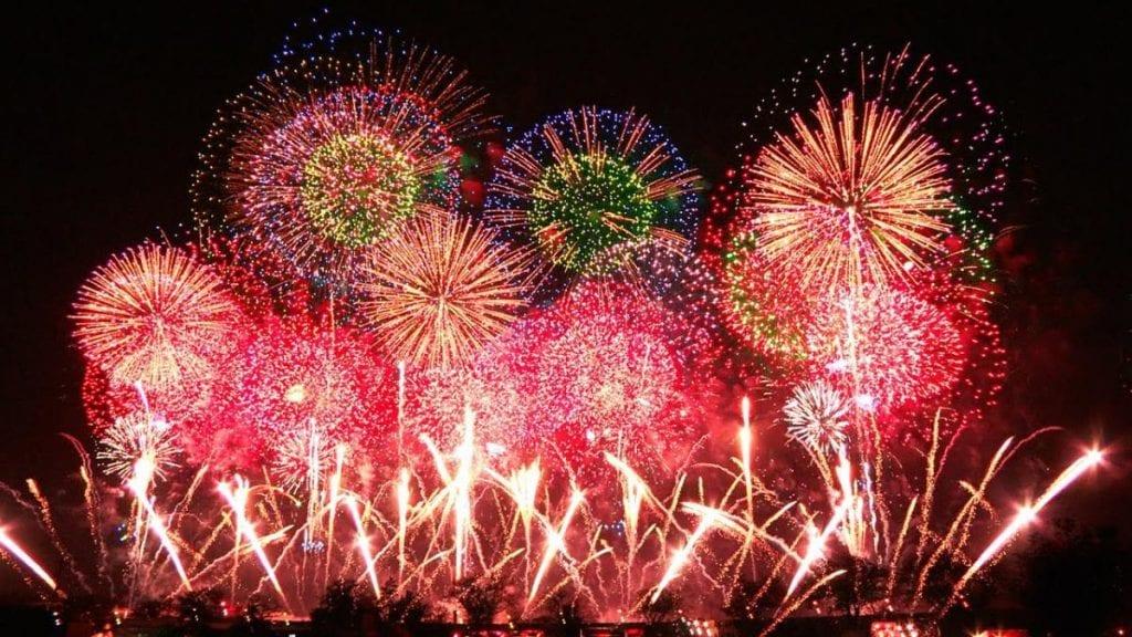 du lịch nhật bản mùa nào đẹp để ngắm pháo hoa