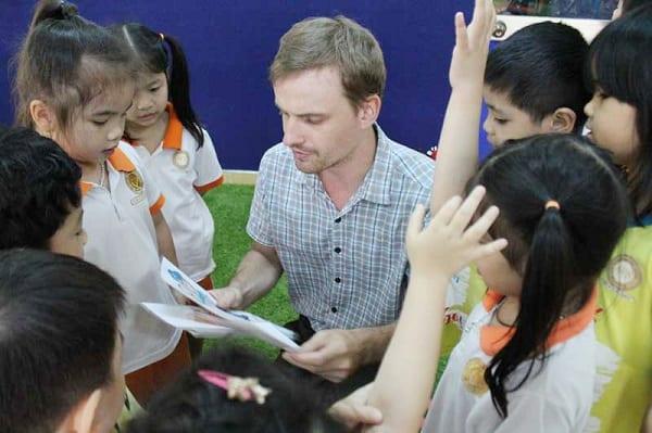 Trường mẫu giáo chuẩn quốc tế