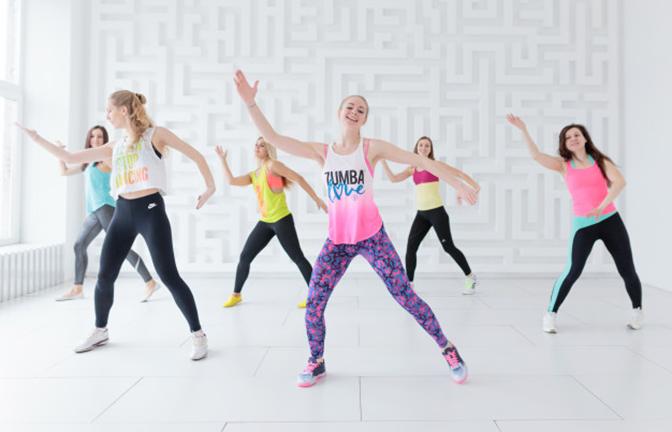 Tập aerobics giảm cân nhẹ nhàng